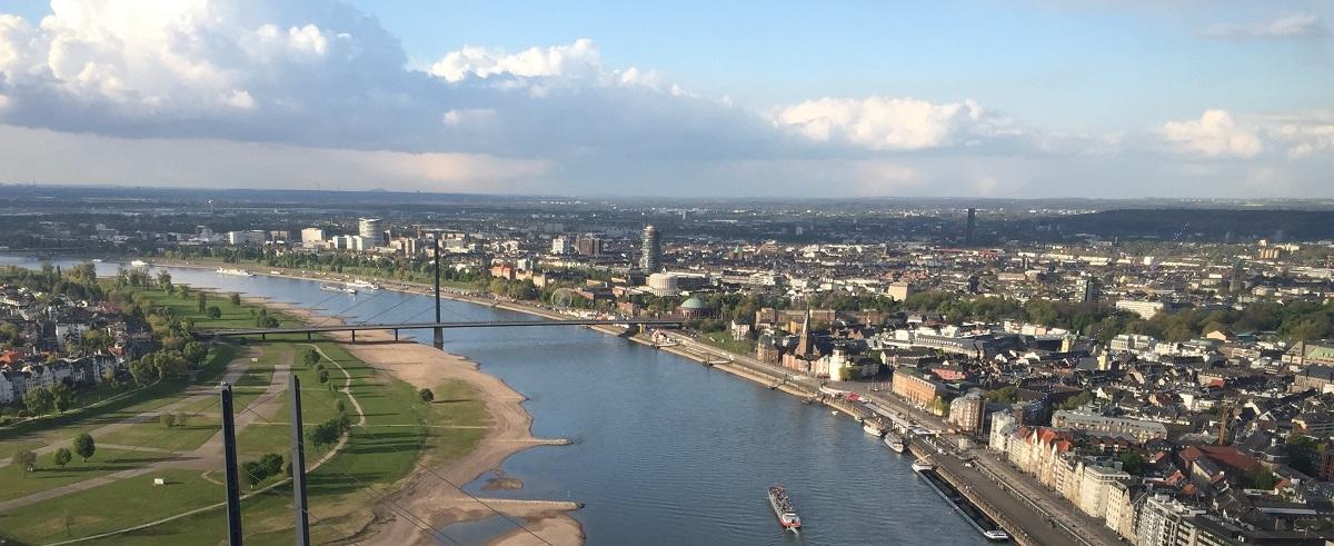 Rhein_Duesseldorf_miki_service